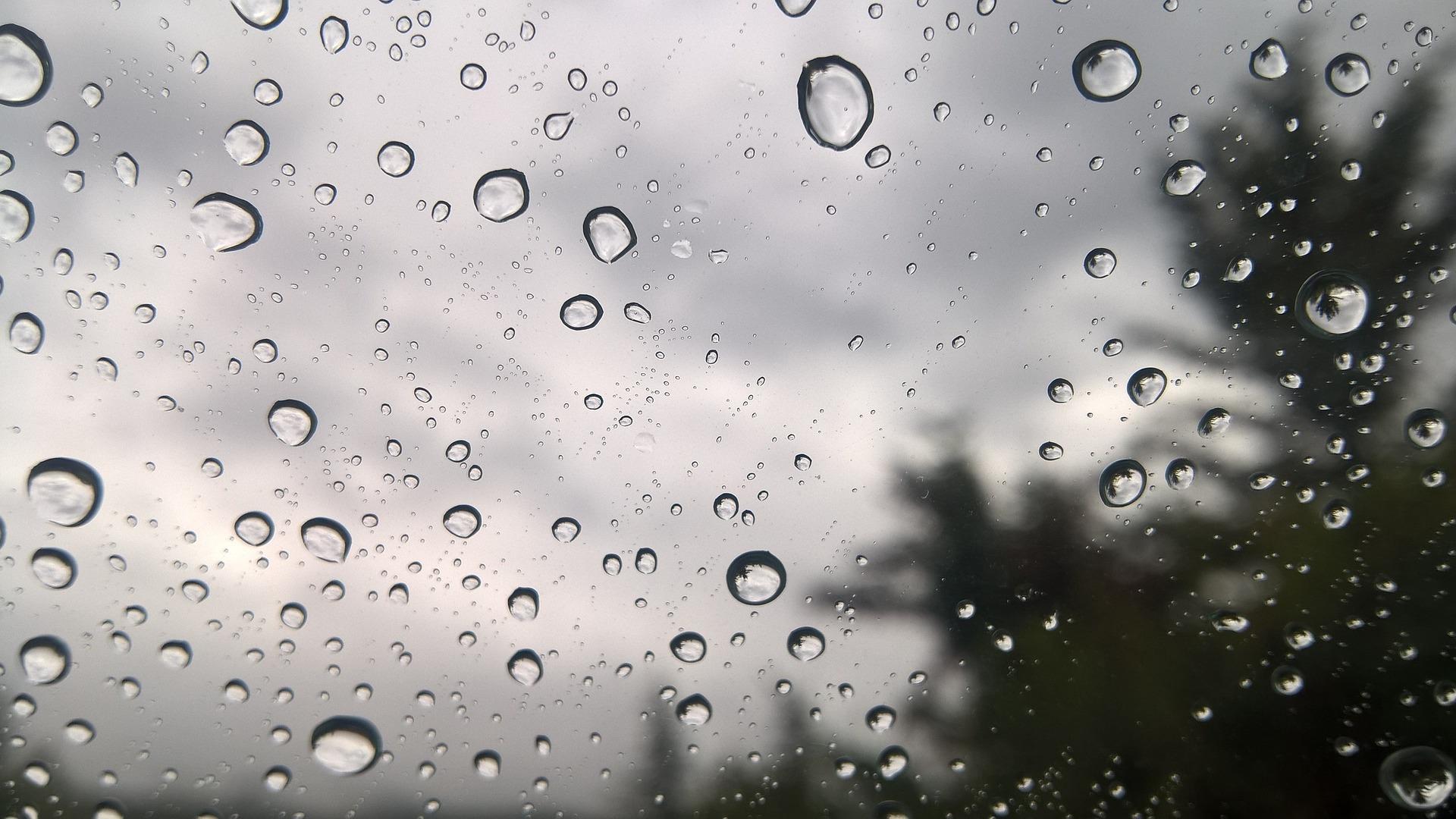 Μεμονωμένες βροχές στο «μενού» του καιρού το επόμενο τριήμερο